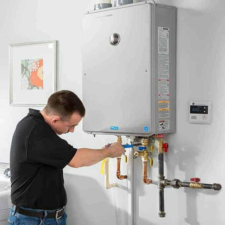 Water Heater Installation | Einstein Pros